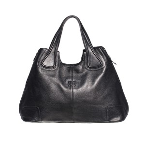 Кожаная сумка от Givenchy.